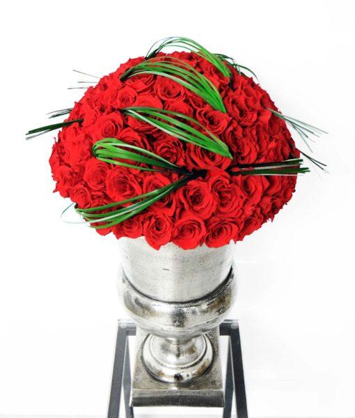 Chloe infinity roses arrangement, flower arrangement, preserved roses, classic red, urn vase
