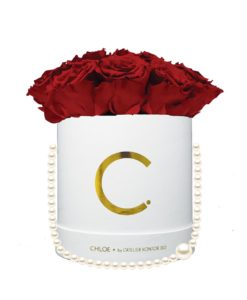 "Chloe Flowerbox, Gold White, Large Bouquet, Classic Red, preserved ""Infinity"" Roses"