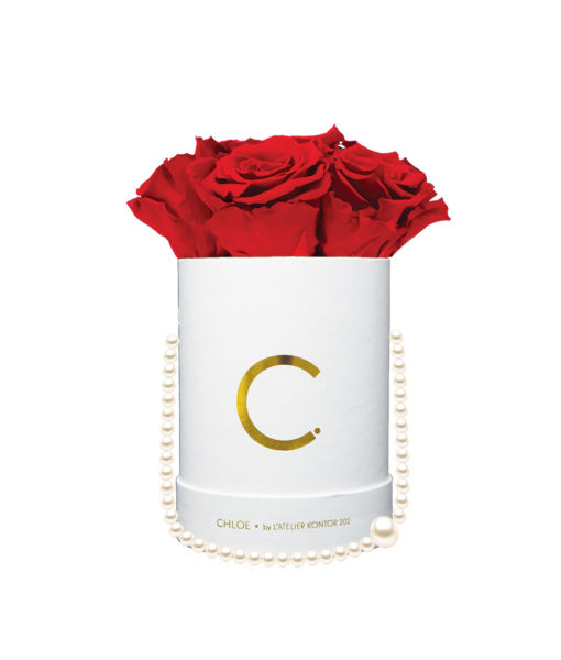 "Chloe Flowerbox, Gold White, Midi Bouquet, Classic Red, preserved ""Infinity"" Roses"